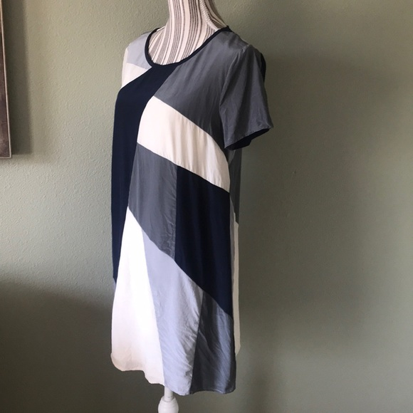 Marc By Marc Jacobs Dresses & Skirts - 1 hr SALE Marc by Marc Jacobs silk dress